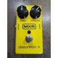 Pedal MXR DUNLOP Distortion + PLUS M104 (Promoção)