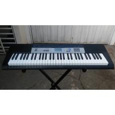 Teclado Musical Casio Ctk1550 61 Teclas 5/8 (Semi-Novo)